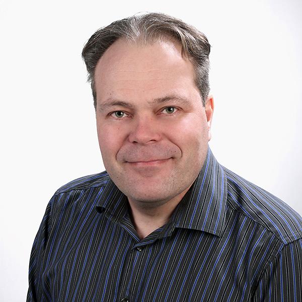 Juha Urvanto : myyntipäällikkö (rakennuslasi)